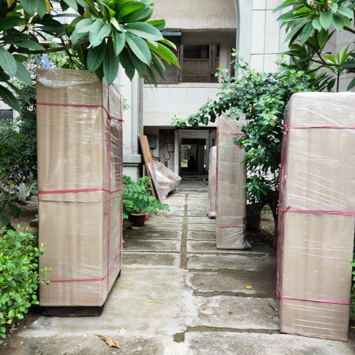 packers movers greater noida west